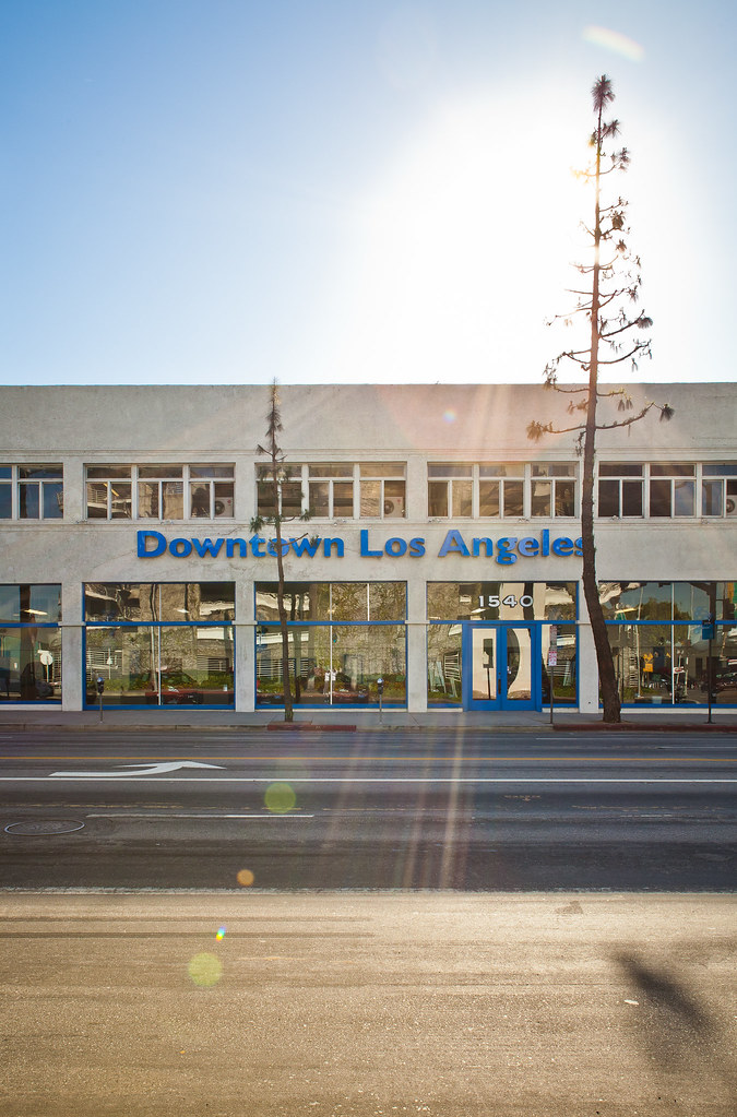 Honda Of Downtown LA Store Front   02