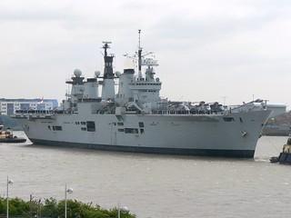 HMS Illustrious R06 @ Gallions Reach 06-05-09