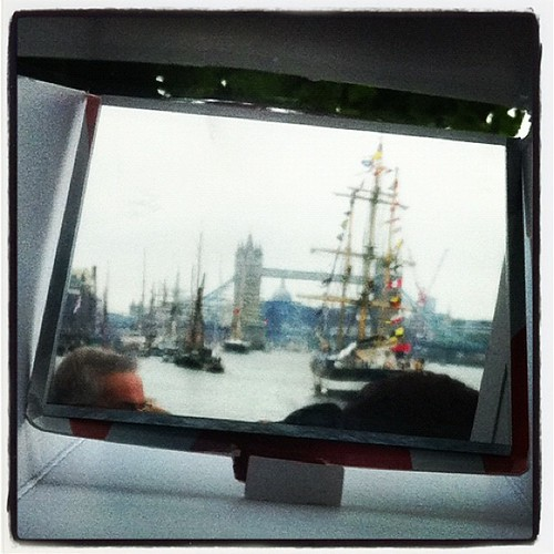 The Diamond Jubilee @thamespageant through my trusty periscope (in a slightly enlarged version). by MAStapleton