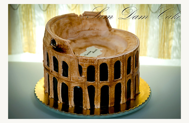 Cake Design Roma Prenestina : Colosseum Cake Cake Ideas and Designs