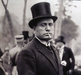 Mussolini top hat