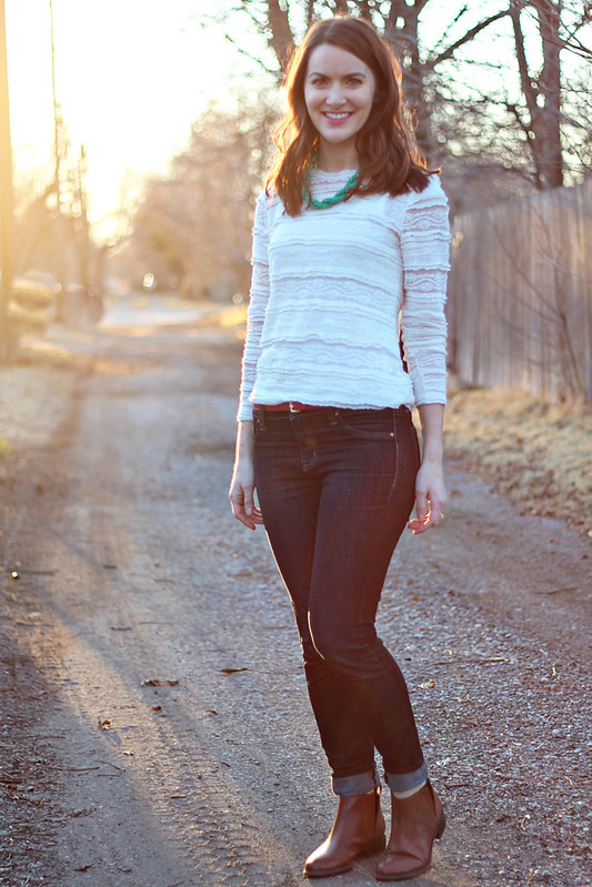 lace-shirt-jeans-1