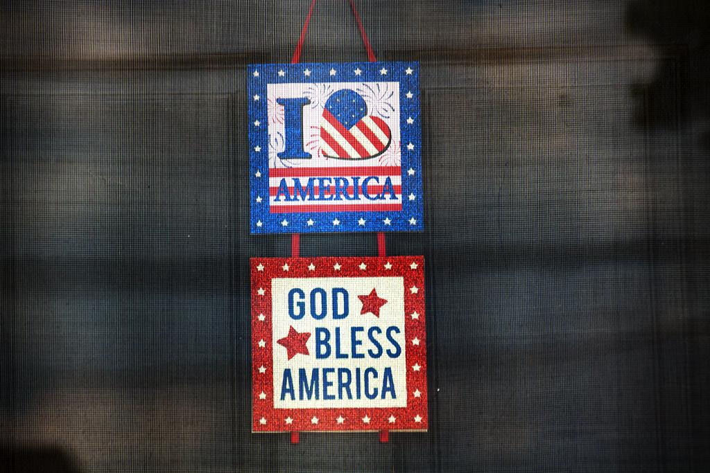 I LUV AMERICA GOD BLESS AMERICA--Pennsport