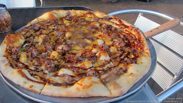 Dirty Burger pizza