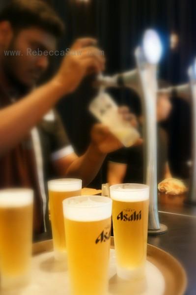 Mr Asahi, the world's first robotic bartender-001