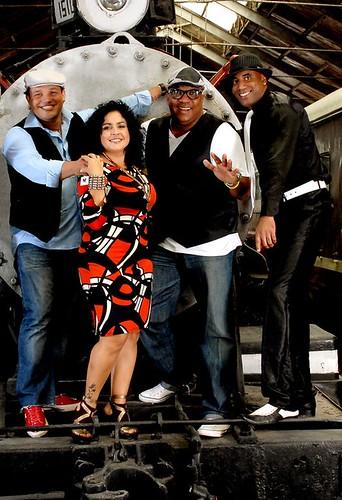 LosVanVan - Singers 2012