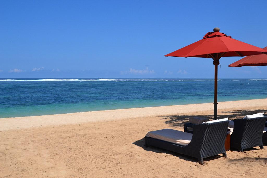 пляж джимбаран индонезия