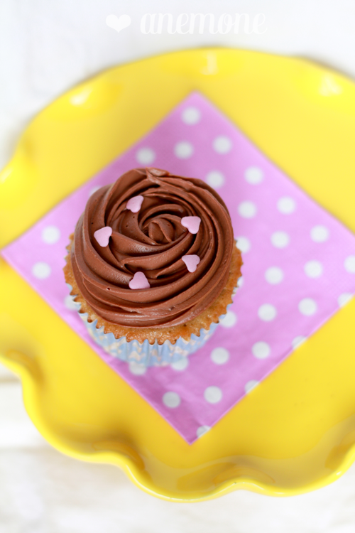 Coffee Cupcakes With Chocolate Cream Cheese Frosting