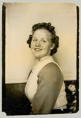 Photobooth girl in vest