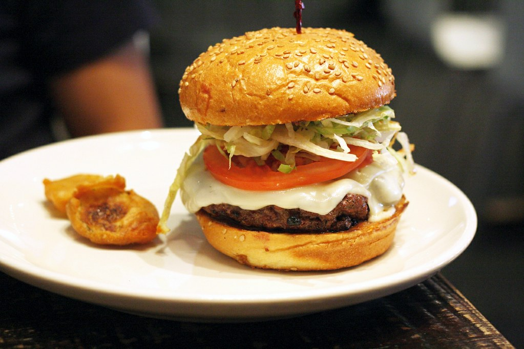 Stand 4 NYC- American Cuisine & Burger Joint | Foodie Adventures