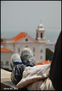 Enjoying The Scene Or Taking The Picture? - Miradouro de Santa Luzia Lisbon N9672e