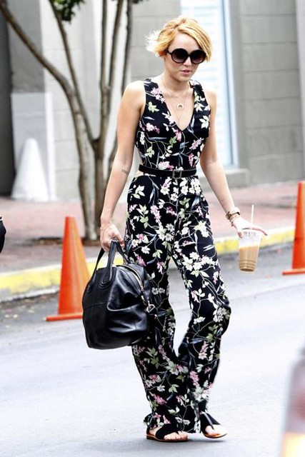 la-modella-mafia-Miley-Cyrus-in-a-floral-cut-out-jumpsuit-and-Givenchy-bag-31