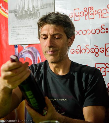 people expedition person wine burma peoples myanmar mm persons caver kayah myanmarburma speleologist bawlakhe philbence