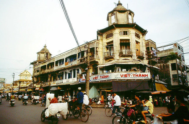SAIGON 1995 - Photo by Andy Tarica - Chợ Bình Tây