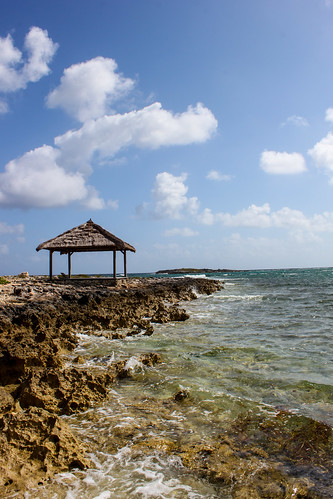 sea sky mer water clouds island eau crystal offshore ciel bahamas nassau nuages 2012 eauclaire caraïbes autopano sandalsroyalbahamian sandalscay photoquebec