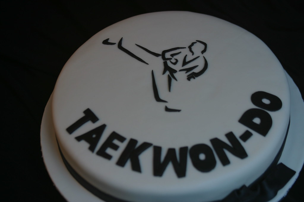 Mixed Martial Arts Birthday Cake On Central Jpg 900x1137 Taekwon Do