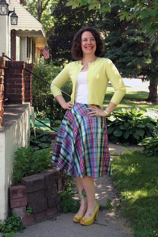 silkplaidskirt_outfit