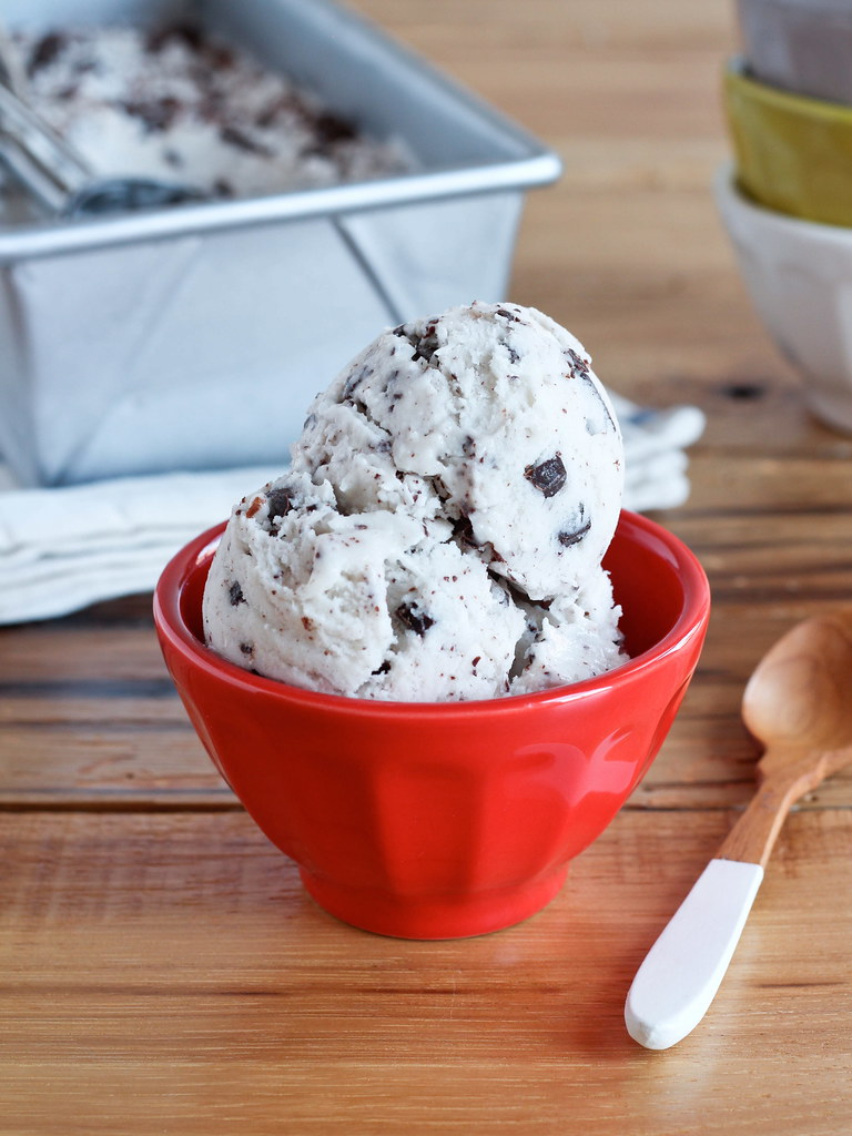 Chocolate chunk coconut ice cream
