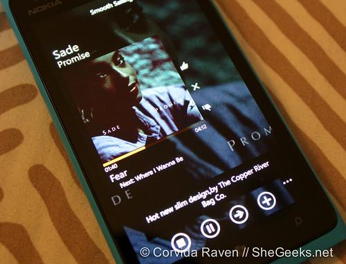 Nokia Lumia 900 - MetroRadio