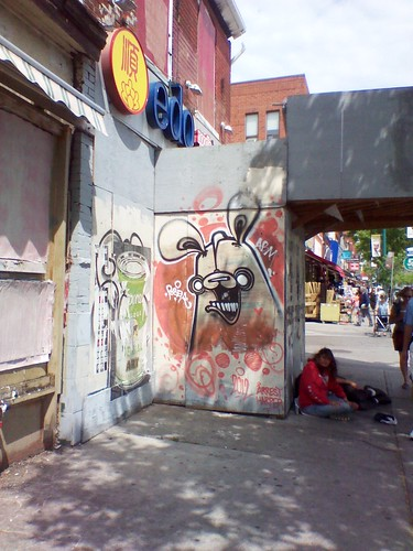A Poser bunny on Spadina Avenue, May 2012