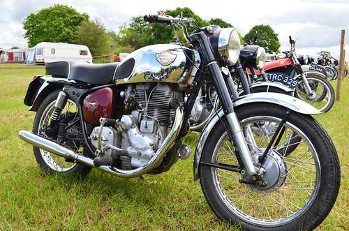 Royal Enfield Bullet 500 (1965)