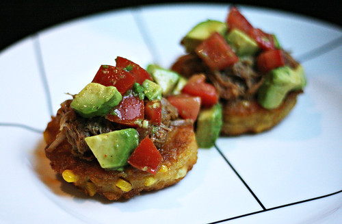 corncakes with pulled pork and avocado tomato