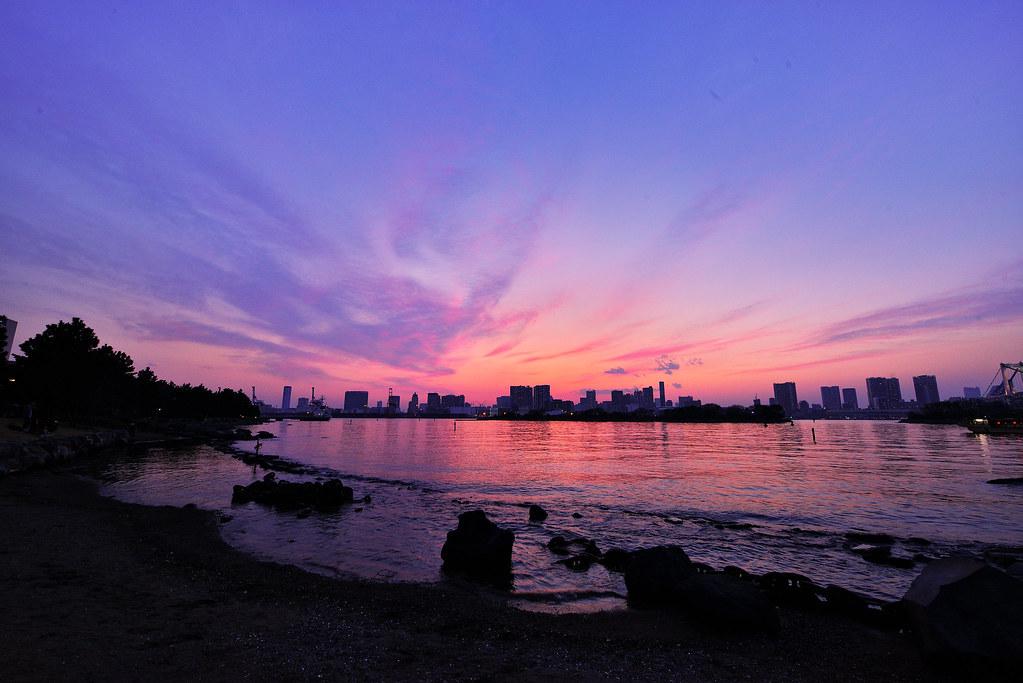 赤紫色の夕焼け