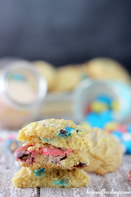 Malted Cheesecake Pudding Cookies | beyondfrosting.com | #puddingcookies