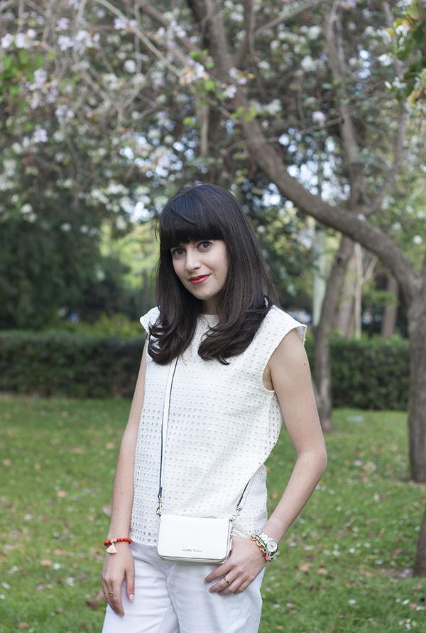 אפונה בלוג אופנה, בלוג אופנה ישראלי, חולצה לבנה, תיק, fashionpea, mango touch bag