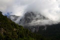 Chile - Cochamó climbing 23 - misty mountains