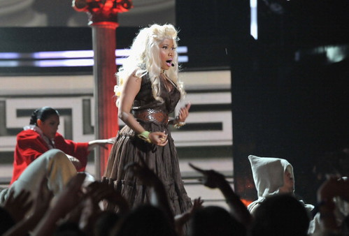 Nicki Minaj Live 2012 GRAMMY Performance: Roman Holiday 1
