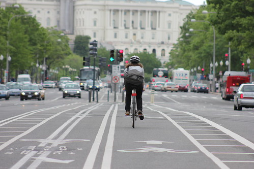 10.PennsylvaniaAvenueBikeLane.NW.WDC.17April2012