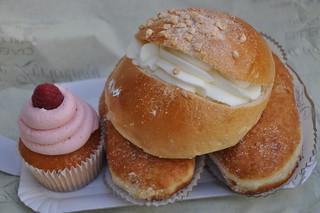 http://hojeconhecemos.blogspot.com/2012/05/eat-martina-de-zuricalday-bilbao-espanha.html