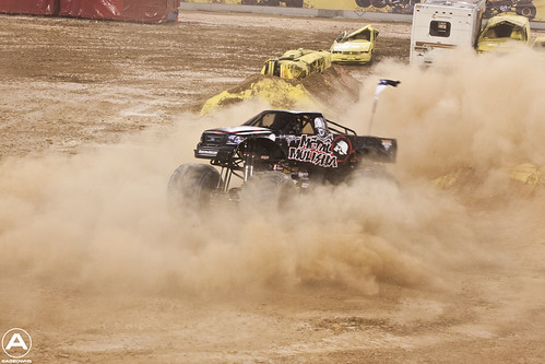 Metal Mulisha makes donuts