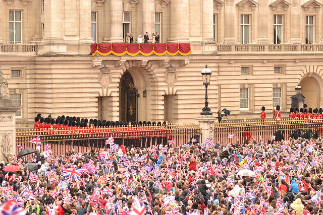 Diamond Jubilee - Royal Family on Balcony 5 June 2012