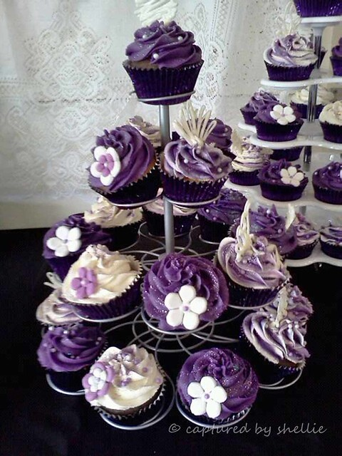 Cupcake Decorating Ideas Pink And Black : Purple Cupcakes Flickr - Photo Sharing!