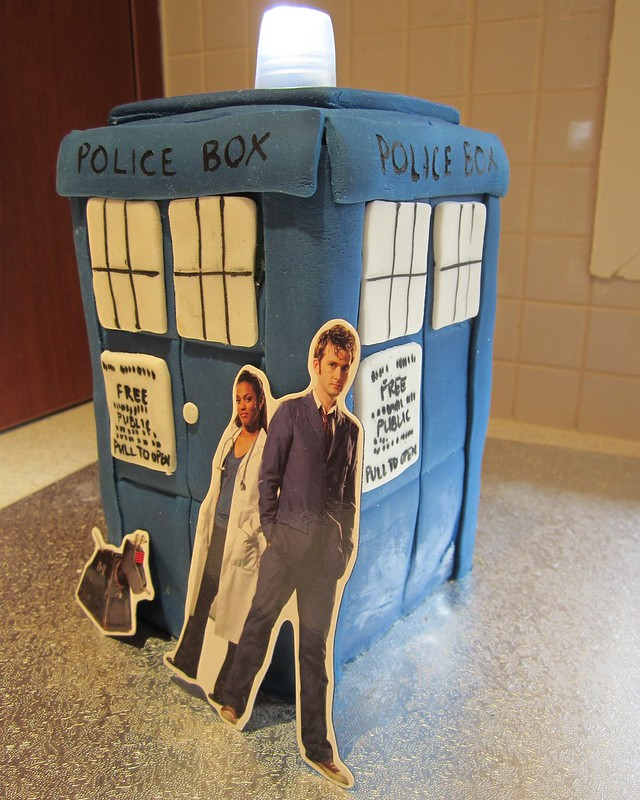 Doctor Who TARDIS Police Box cake