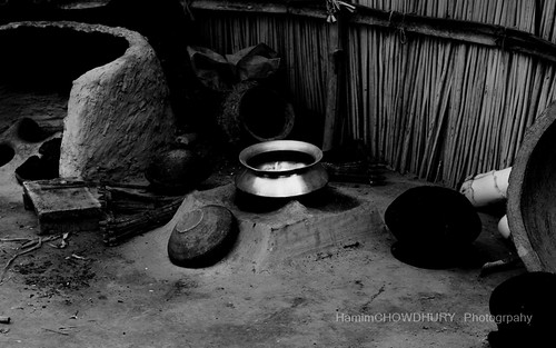 Earth Oven for Non Pollution and friendly environmental  cooking in BANGLADESH