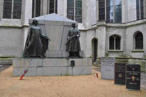 2012.04.29.186 - MECHELEN - Sint-Romboutskerkhof - Sint-Romboutskathedraal