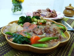 ราดหน้าหมู<br>Click To Get Recipes & Ingredients
