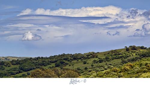 Nubes sobre Los Barrios by Bakalito (Antonio Benítez Paz)