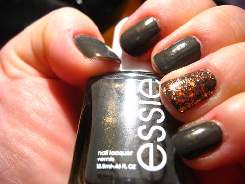 Essie + SOPI accent mani