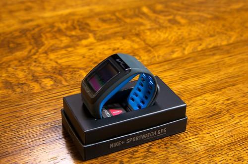 Nike+ SportsWatch GPS(ANTHRACITE×BLUE GLOW)