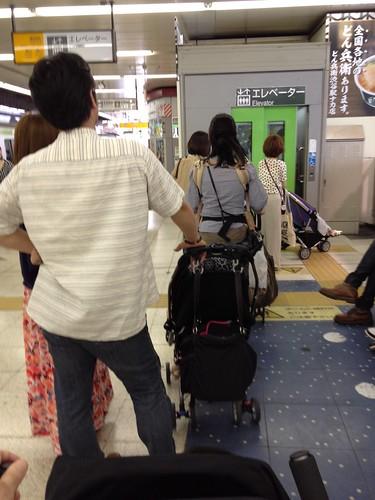 JR渋谷駅のエレベーター (2012/6/2)