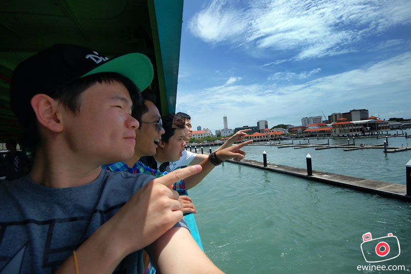 PENANG-FERRY-ISLAND-haha-so-funny