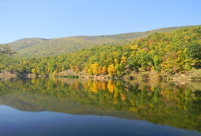 Autumn view of the lake at Douthat State Park