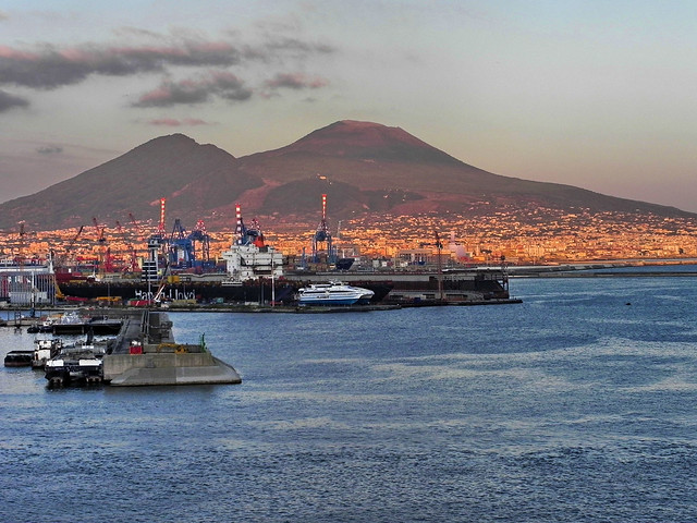 045 Napoli Vesuvio