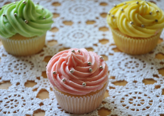 Scented White Cupcakes