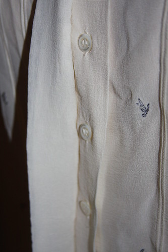 Embroidered shirt pearl buttons