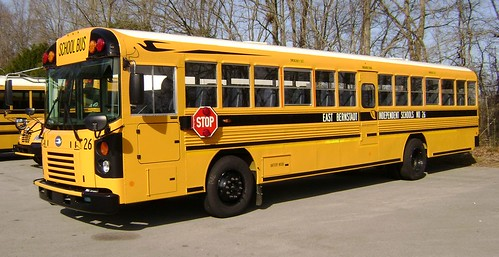 KENTUCKY BLUE BIRD BUS - EAST BERNSTADT INDEPENDENT SCHOOLS